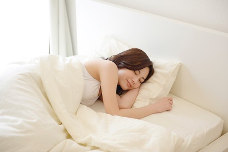 パーソナルジムでの睡眠指導はこれ。